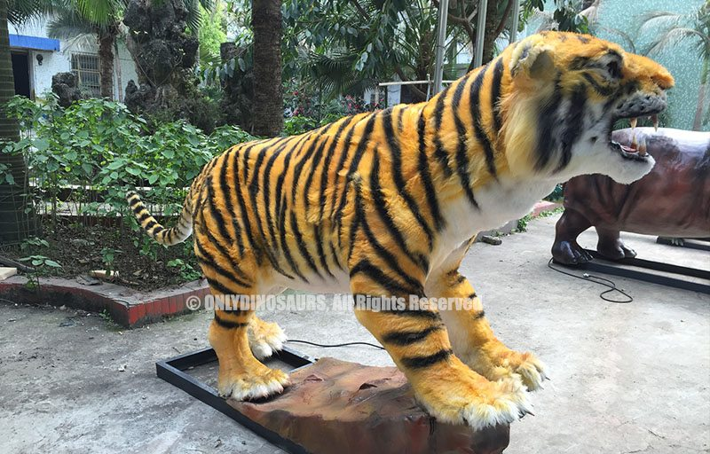 Life Size Animatronic Tiger