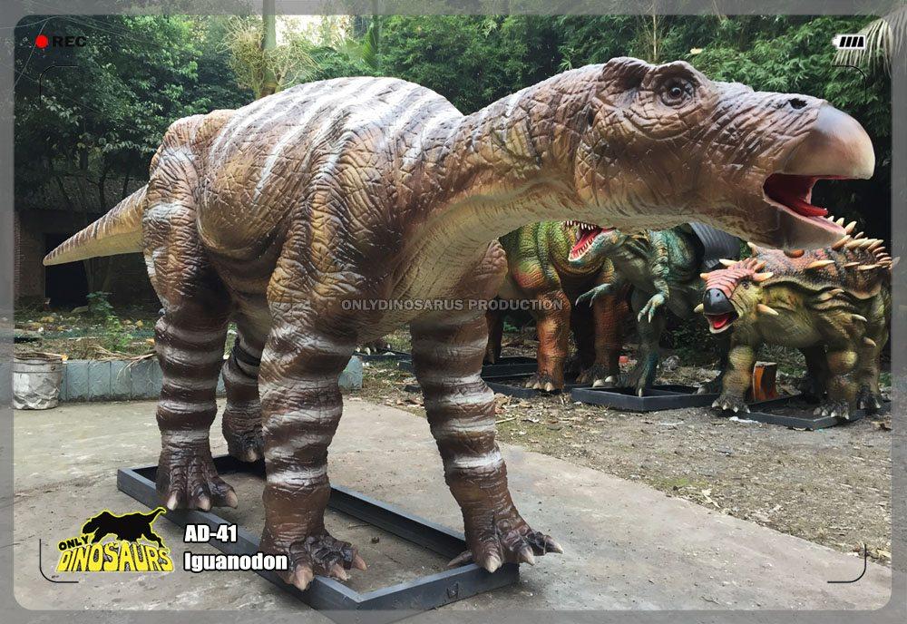 Iguanodon Model