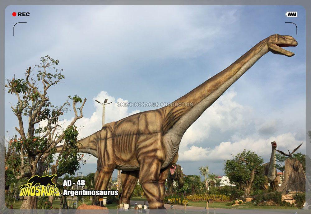 Huge Animatronic Dinosaur