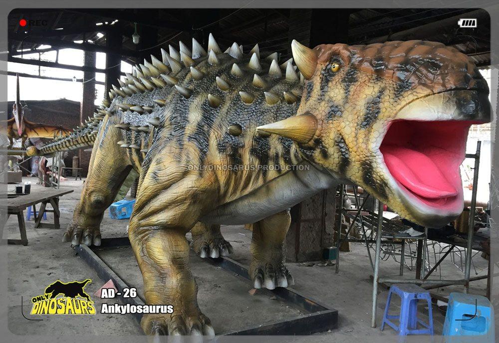 Animatronic Large Ankylosaurus