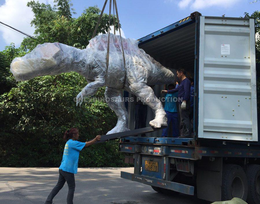 Transport Animatronic Dinosaur