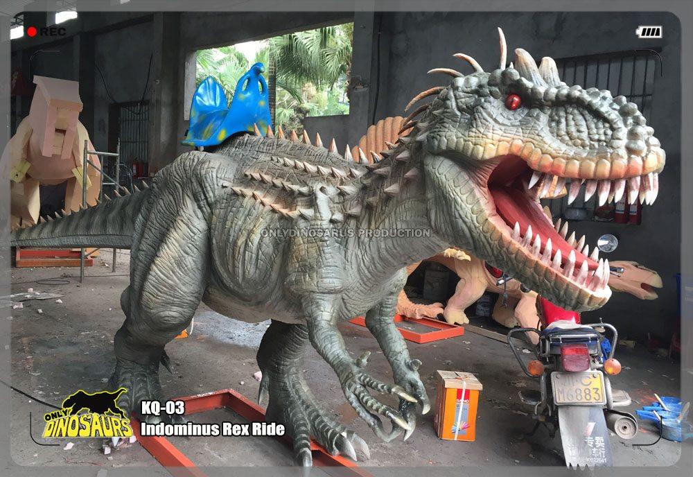 Animatronic Indominus Rex Ride
