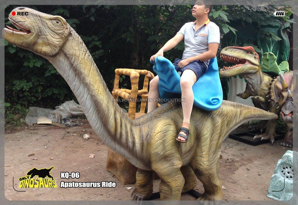 Animatronic Apatosaurus Ride