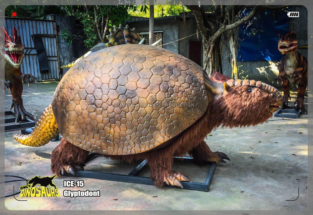 Animatronic Glyptodont