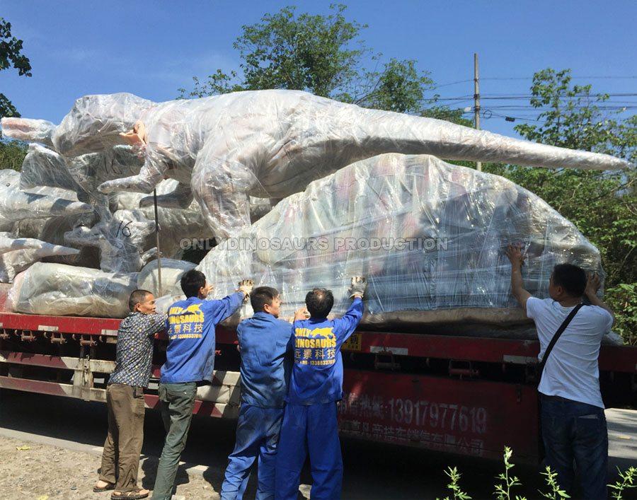 Transport Large Dinosaur Model
