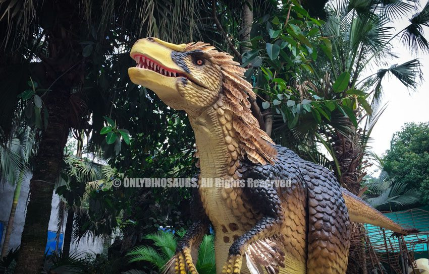 Animatronic Feathered Velociraptor Costume