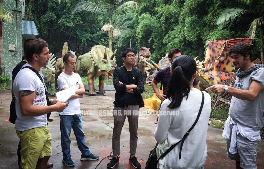 Italy-Client-Visit-for-Animatronic-Dinosaurs